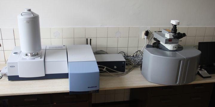 FT Ramanov spektrometer s mikroskopom, Brucker RFS 27 MultiRam