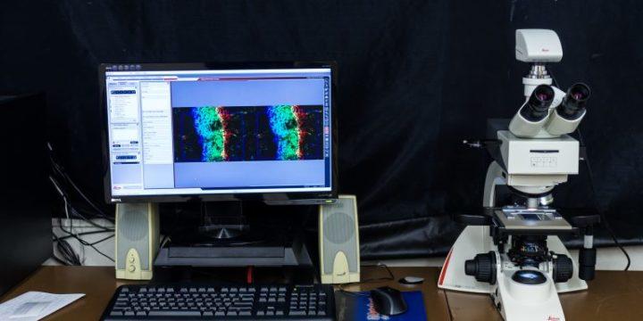 Optický mikroskop LEICA, DM2700 LED