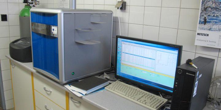 OC analyzátor (Vario TOC Cube, Elementar)