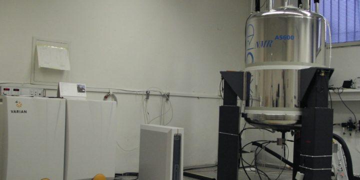 NMR spektrometer 600 MHz