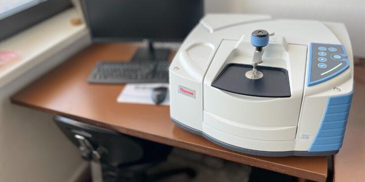 Thermo Scientific™ Nicolet™ iS20 FTIR – FTIR spektrometer